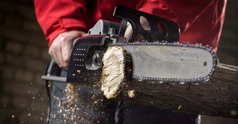 Best Electric Chainsaws For Homeowners