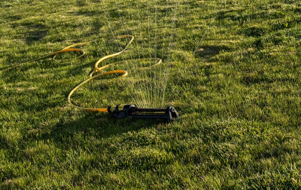 How Long Should I Water My Lawn With An Oscillating Sprinkler