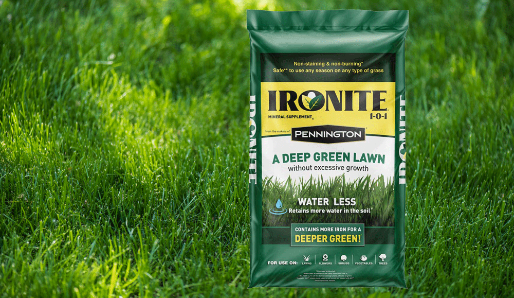 Can You Apply Ironite And Fertilizer At The Same Time?