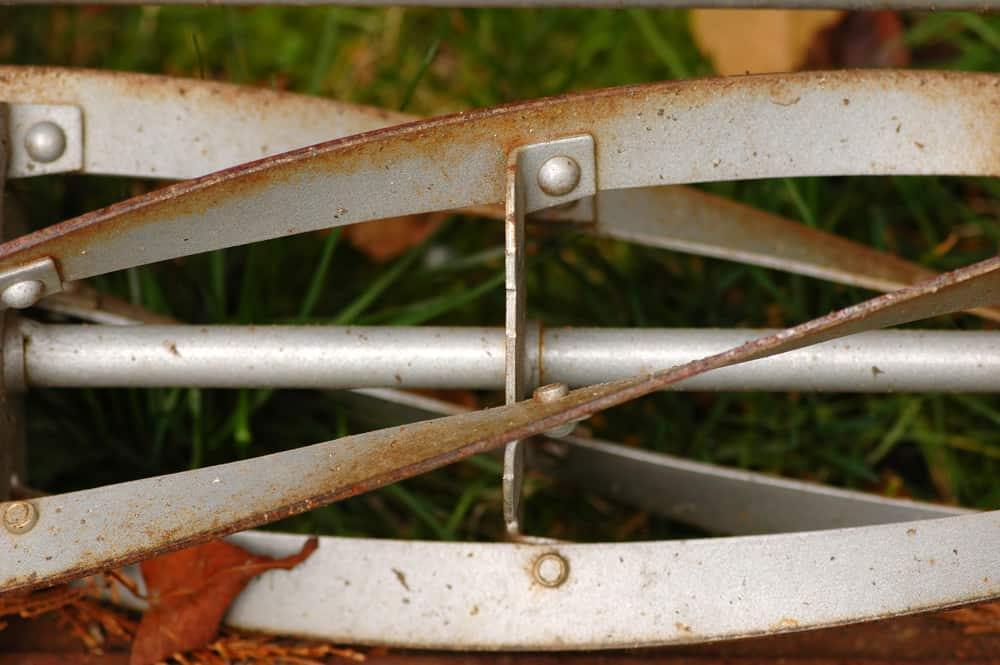 How To Maintain A Reel Mower